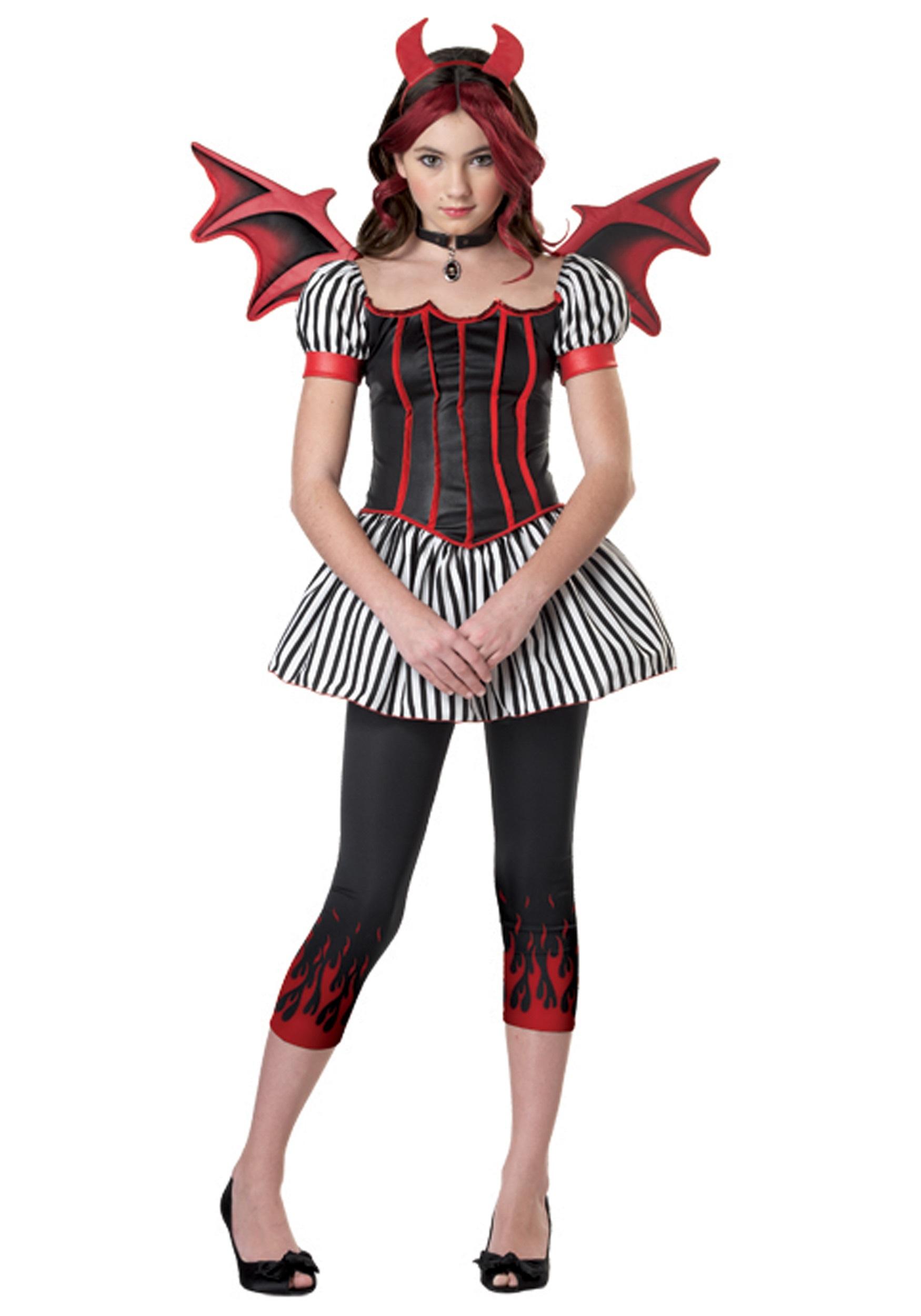 Sexy costumes, slutty costumes, sexy halloween costume ideas